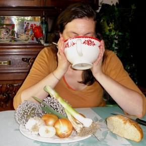 Mange ta soupe pour protéger tes hanches !